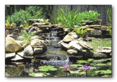 Водоем с цветочными гирляндами. Водопад.