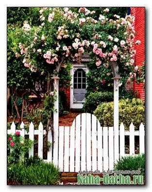 Арка украсит вход в сад