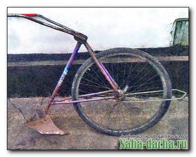 Из велосипеда универсальный плужок