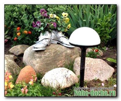 Сказочные поделки для сада