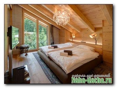 Кровать для мансарды своими руками
