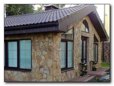 Какие окна установить в частный дом
