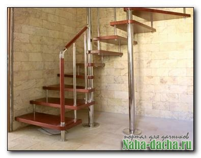 Компактная лестница для дачи