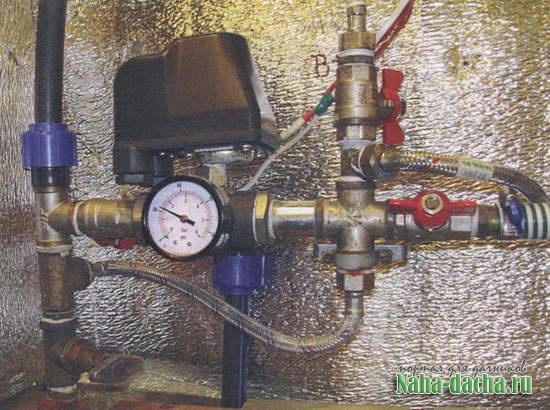 Водопровод на даче: ручная работа
