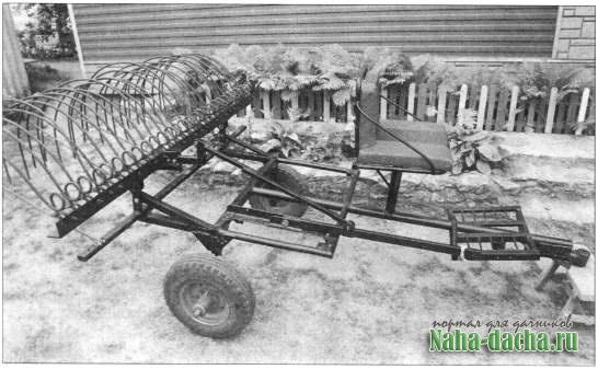 Механические грабли для уборки сена