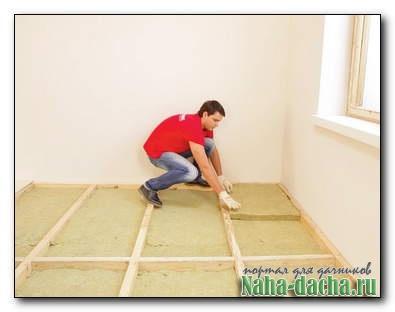 Как заменить и утеплить старый деревянный пол